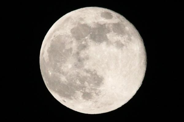 2017_05_11_moon.jpg