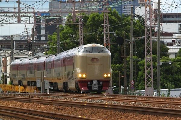 toukaidouhonsen_725.jpg