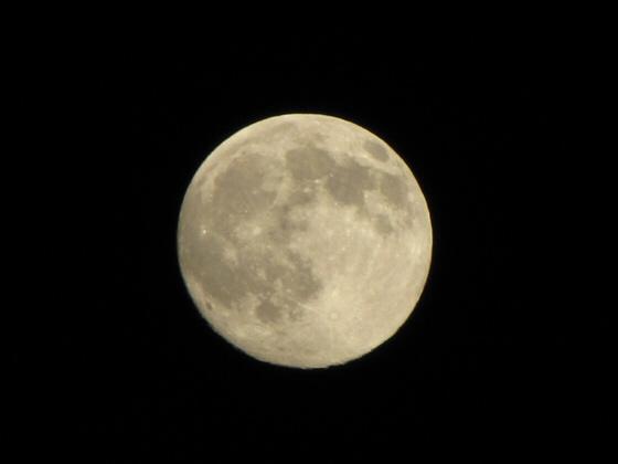 2009_10_03_moon.jpg