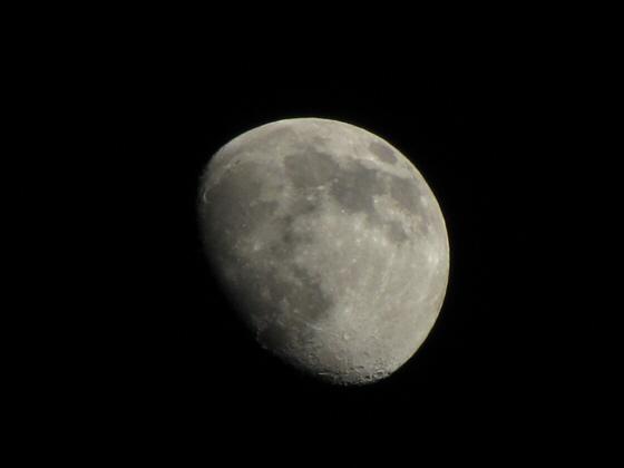2009_11_28_moon.jpg