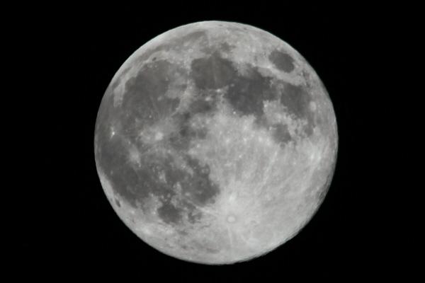 2011_09_12_moon.jpg