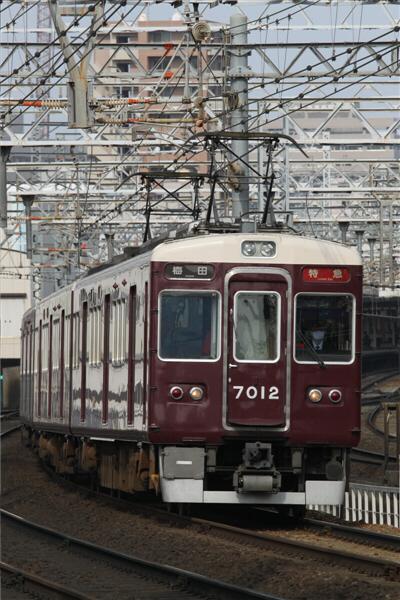 hankyu_185.jpg