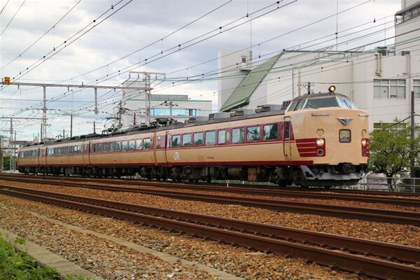 toukaidouhonsen_502.jpg