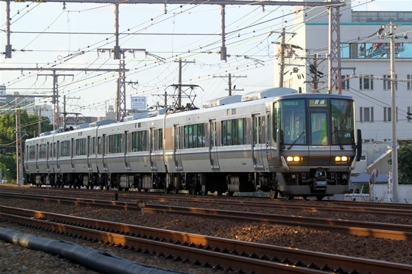 toukaidouhonsen_732.jpg